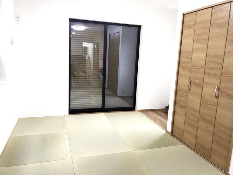 畳のある和室は床で昼寝できるメリット